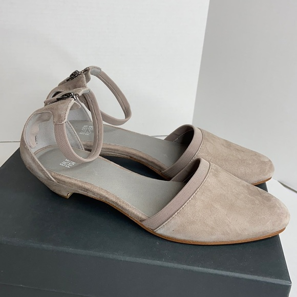 Eileen fisher size 8 1/2 taupe ankle strap flats